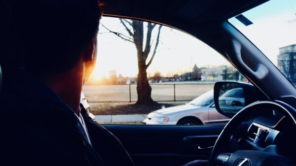 ฟิล์มกรองแสงรถยนต์